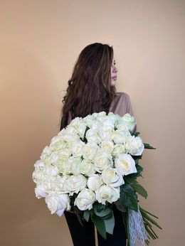 Букет из белой розы (Россия) - купить цветы и аксессуары в интернет-магазине Дом цветов
