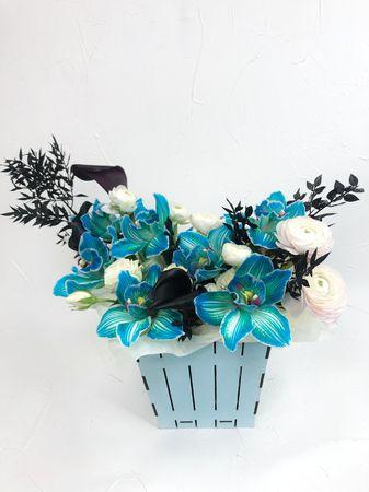 """Кашпо """"Речка""""  - купить цветы и аксессуары в интернет-магазине Дом цветов"""